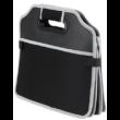 Nagy teherbírású, többrekeszes tároló csomagtartóba hőtartó rekesszel
