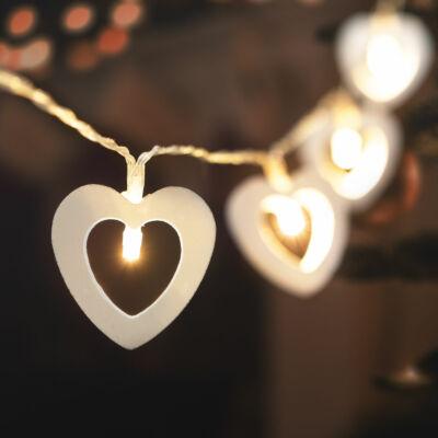 LED fényfüzér (szív, 2,85 m, melegfehér, 2 x AA)