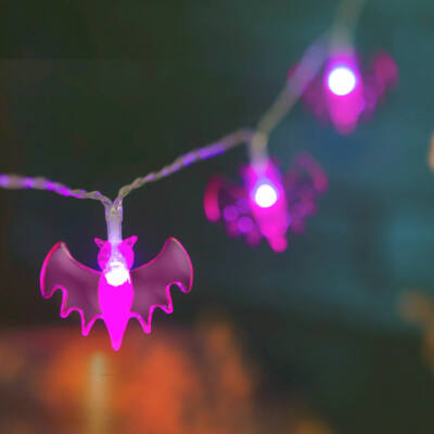 Halloween-i LED-es fényfüzér (denevér, 10 LED, 2 x AA, 1,35 m)
